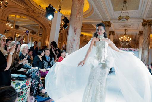 focus 4 fashion show carlton hotel cannes croisette france riviera cote d azur catwalk defile de mode organisateur france
